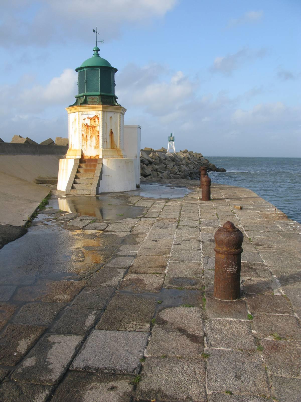Le phare de la Jetée à l'île d'Yeu